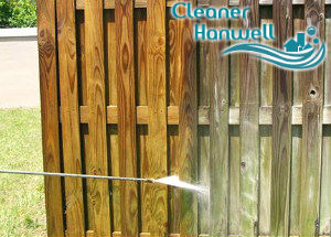 pressure-fence-cleaning-hanwell